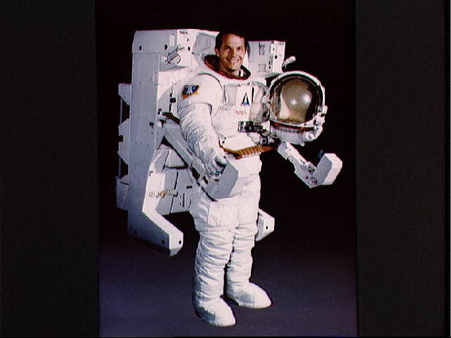 MMU Space Suit - Pics about space
