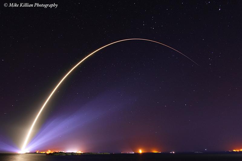 TDRSK Launch Streak Credit: Mike Killian / Zero-G News