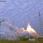 Falcon 9 CRS-2 Launch. Credit: Mike Killian / Zero-G News