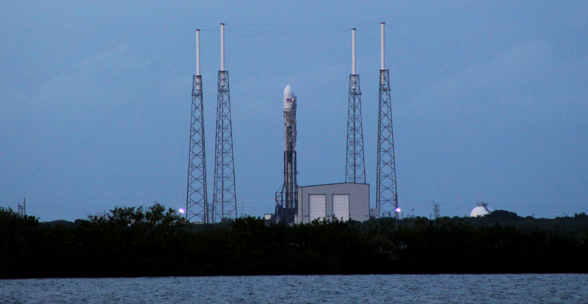 Falcon 9 waits on the launch pad. Credit: Matthew Travis / Zero-G News