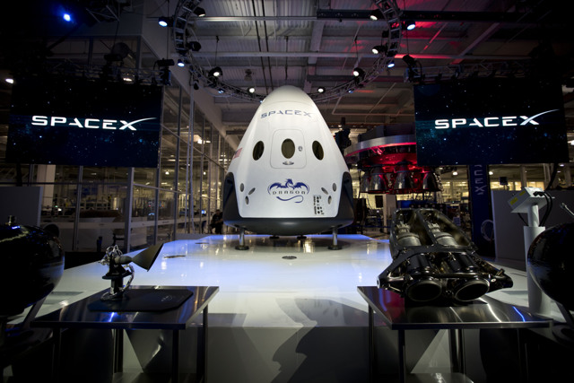 Dragon V2 is unveiled. Credit: SpaceX.