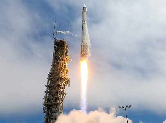 Atlas Rocket Orbits WorldView-3 Commercial Imaging Satellite