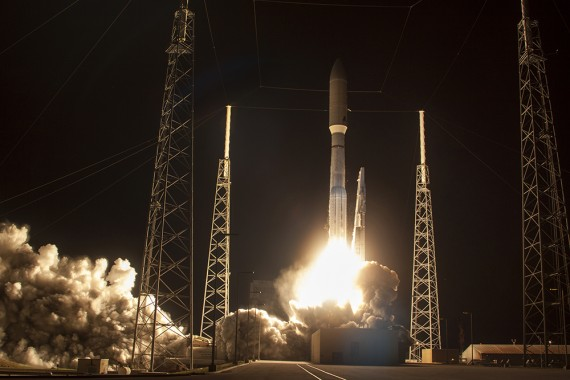 "Atlas V Successfully Launches Navy's ""Orbital Cell Tower"""