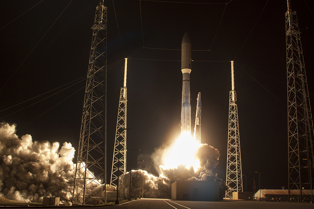 A United Launch Alliance (ULA) Atlas V rocket carrying the third Mobile User Objective System satellite for the United States Navy launched from Space Launch Complex-41. Photo Credit: United Launch Alliance, All Reserved.